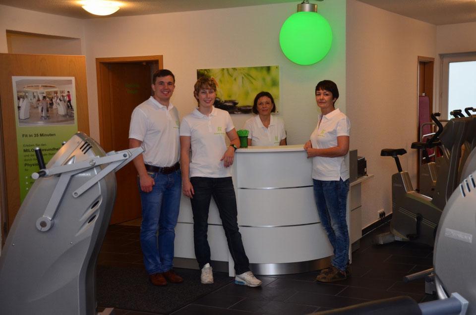 v.l.n.r.: Robert Metschke, Stefanie Richter, Anett Wicha (Inhaberin), Manuela Stahr